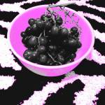 """bowl of grapes"" by roxanne1992"