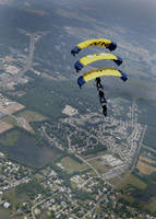 Parachuting with multiple persons