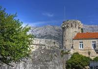 Korcula_Towers_sHDR
