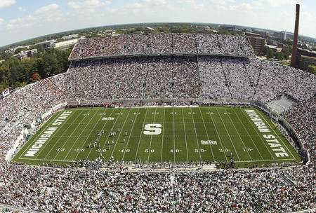 Example of Michigan State stadium in perspective on angled canvas