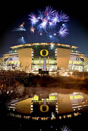 Example of Oregon stadium in perspective on angled canvas