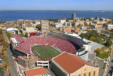 Example of Wisconsin stadium in perspective on angled canvas
