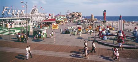 Hunts Pier Wildwood New Jersey, Flyer Roller Coast