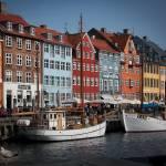"""Nyhavn scene"" by Skinnyde"
