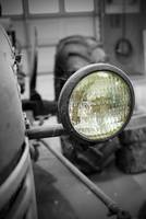Tractor headlight selective colorization