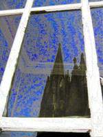 Cologne Cathedral (Kölner Dom) mirrored in window
