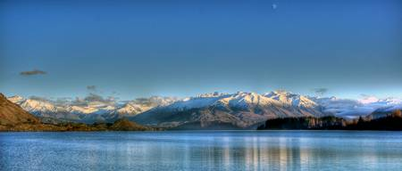 View across Lake Wanaka