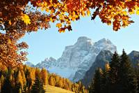 Autumn natural frames for dolomiti (orizontal)