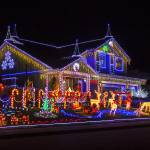 """Christmas House"" by photogarry"