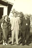 Minnie Pearl & Henry Claud Allen With T. H. Allen