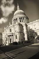 Saint Paul London ,study1