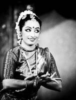 {STAGE PHOTOGRAPHY},Bharatanatyam Dancer, Contrast