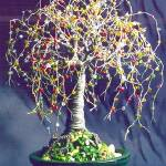 """MULTI COLOR OAK - Beaded  Wire Tree Sculpture"" by WireTrees"