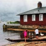 """Children Playing At Harbor Essex Ct"" by susansartgallery"
