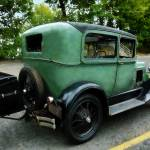 """Green Model A"" by susansartgallery"