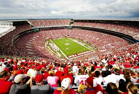 Example of Alabama stadium in perspective on angled canvas