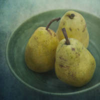 pears in a square