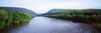 Delaware Water Gap Border of NJ