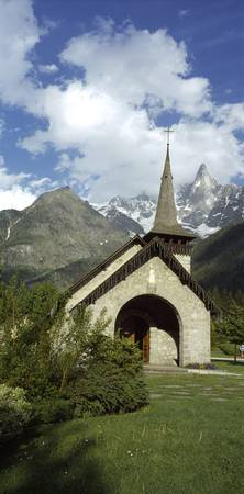 Church near a mountain Les Praz de Chamonix Aigui