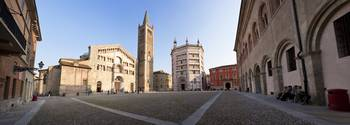 Cathedral in a city Parma Cathedral Parma Emilia