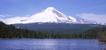 Trillium Lake Mount Hood OR