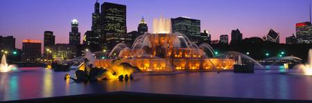 Buckingham Fountain Chicago IL