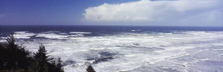 High surf in Pacific Ocean Tillamook County Orego
