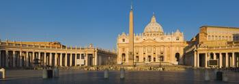 Sunlight falling on a basilica St. Peters Basilic