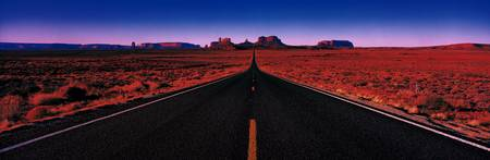 Road Monument Valley Tribal Park UT