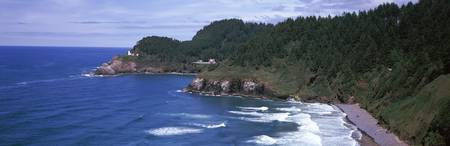 Lighthouse on the coast Heceta Head Lighthouse He