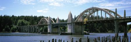 Bridge across the river Siuslaw River Bridge Sius