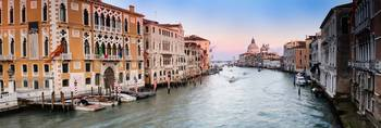 Panoramic photo of Canal Grande at sunset