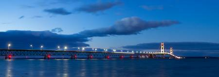 michigan.mackinac.bridge.night
