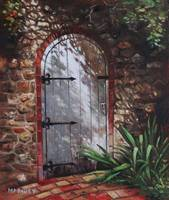 painting_decorative_door_at_pecorama_gardens