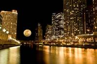 Chicago River Moon