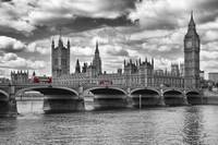 London - Houses Of Parliament And Red Buses