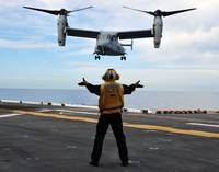 An MV-22 Osprey tiltrotor aircraft approaches the