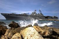 The amphibious assault ship USS Kearsarge visiting