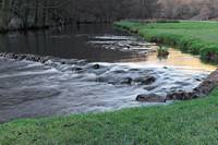 The River and Weir, Dovedale (39805-RDA)