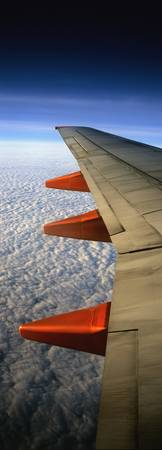 Aeroplane Wing Flying London To Glasgow