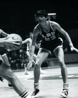 Pete Maravich playing defense