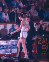 Pete Maravich going to sidelines