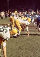 Bart Starr gets his team ready