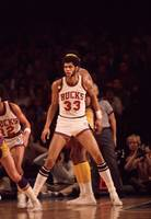 Kareem Abdul Jabbar looking for pass