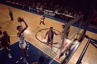 Kareem Abdul Jabbar jump shot in the paint