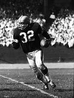 Jim Brown running down field
