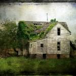 """Abandoned House"" by angelandspot"