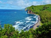 Pololu Valley & Beach