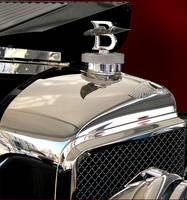 Bentley 1925 model front view, logo