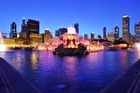 Buckingham Fountain at dusk